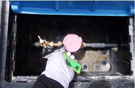 作業前に屋外の止水栓を締める